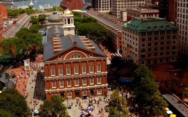 Faneuil Hall Marketplace, Boston, Mỹ